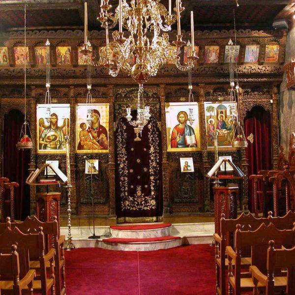 Μονή Aγίας Τριάδος Σπαρμού